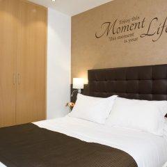 Отель Home To Home Барселона комната для гостей