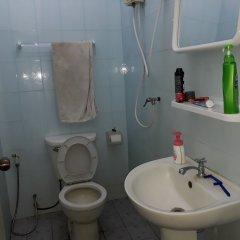 Отель Sitpholek Muay Thai Camp - Hostel Таиланд, Паттайя - отзывы, цены и фото номеров - забронировать отель Sitpholek Muay Thai Camp - Hostel онлайн ванная