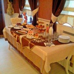 Отель Guesthouse Versailles Болгария, Шумен - отзывы, цены и фото номеров - забронировать отель Guesthouse Versailles онлайн питание