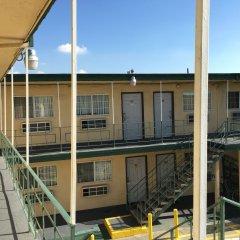 Отель Eastsider Motel США, Лос-Анджелес - отзывы, цены и фото номеров - забронировать отель Eastsider Motel онлайн балкон