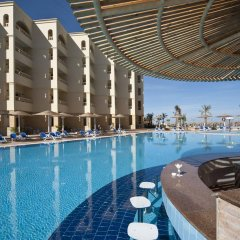 AMC Royal Hotel & Spa - All Inclusive бассейн