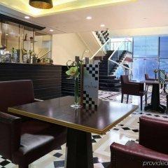 Millennium Plaza Hotel гостиничный бар