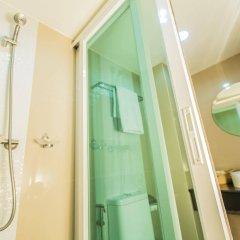 Отель Le Touche Бангкок ванная фото 2
