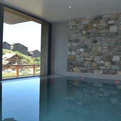 Отель Nendaz 4 Vallées & SPA Нендаз бассейн