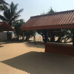 Отель Bawana Beach House парковка