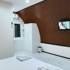 Отель Racha HiFi Homestay Таиланд, Пхукет - отзывы, цены и фото номеров - забронировать отель Racha HiFi Homestay онлайн удобства в номере