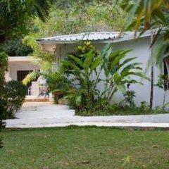 Отель San San Tropez Ямайка, Порт Антонио - отзывы, цены и фото номеров - забронировать отель San San Tropez онлайн приотельная территория