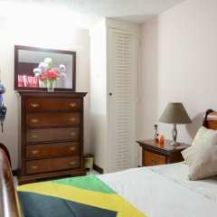 Отель SandCastles Deluxe Beach Resort Ямайка, Очо-Риос - отзывы, цены и фото номеров - забронировать отель SandCastles Deluxe Beach Resort онлайн комната для гостей фото 2