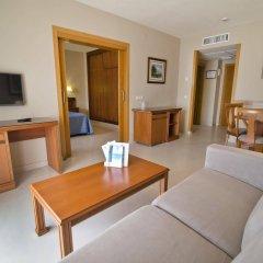 Отель Bahia Tropical Альмуньекар комната для гостей фото 5