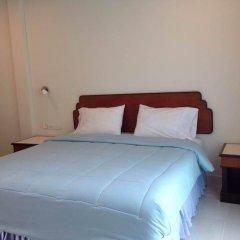 Отель Kasemsuk Guesthouse комната для гостей фото 2