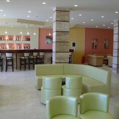 Golden Sands Hotel гостиничный бар