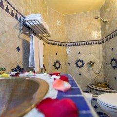 Отель Riad Ibn Khaldoun Марокко, Фес - отзывы, цены и фото номеров - забронировать отель Riad Ibn Khaldoun онлайн ванная