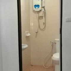 Отель Desire Guesthouse Patong ванная фото 2