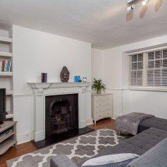 Апартаменты Spacious Pentonville Road Apartment - MLH Лондон комната для гостей