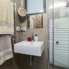 Best Location Jerusalem Stone Apartment Израиль, Иерусалим - отзывы, цены и фото номеров - забронировать отель Best Location Jerusalem Stone Apartment онлайн ванная