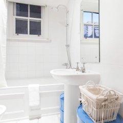 Отель Club Living - Baker Street Apartments Великобритания, Лондон - отзывы, цены и фото номеров - забронировать отель Club Living - Baker Street Apartments онлайн ванная фото 2