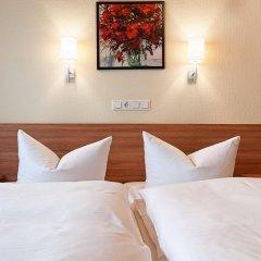 Hotel Garni Nuernberger Trichter комната для гостей фото 2