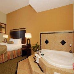 Отель Best Western Plus Manatee бассейн