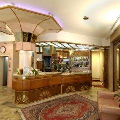 Отель Vienna Ostenda Италия, Римини - 2 отзыва об отеле, цены и фото номеров - забронировать отель Vienna Ostenda онлайн гостиничный бар