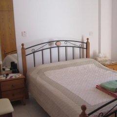 Отель Valentinos Villa Кипр, Протарас - отзывы, цены и фото номеров - забронировать отель Valentinos Villa онлайн комната для гостей