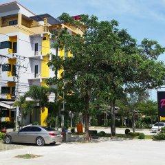 Отель Paradise Resort парковка
