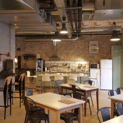 Отель Ten To Go Hostel Испания, Барселона - отзывы, цены и фото номеров - забронировать отель Ten To Go Hostel онлайн питание фото 2