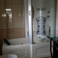 Отель Brothers Болгария, Чепеларе - отзывы, цены и фото номеров - забронировать отель Brothers онлайн ванная фото 3