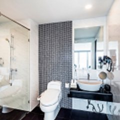 The Rizin Hotel & Residences ванная