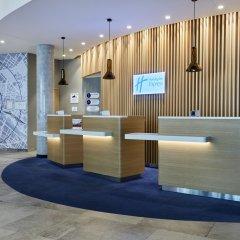 Отель Holiday Inn Express Berlin - Alexanderplatz Германия, Берлин - 3 отзыва об отеле, цены и фото номеров - забронировать отель Holiday Inn Express Berlin - Alexanderplatz онлайн интерьер отеля фото 3