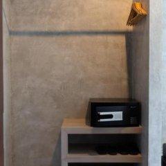 Nap Krabi Hotel сейф в номере