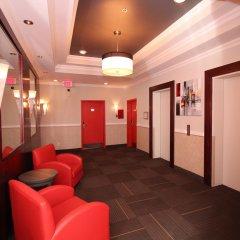 Отель Chrome Montreal Centre-Ville Канада, Монреаль - отзывы, цены и фото номеров - забронировать отель Chrome Montreal Centre-Ville онлайн интерьер отеля