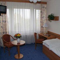 Hotel ILF комната для гостей