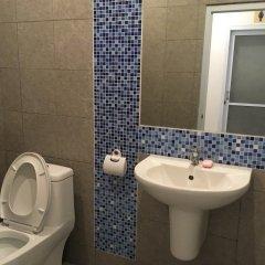 The Corner Transit Hostel ванная
