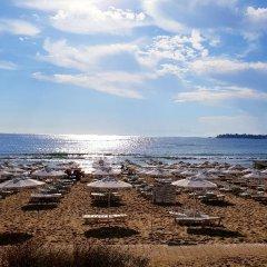 Отель Nobel All Inclusive Болгария, Солнечный берег - отзывы, цены и фото номеров - забронировать отель Nobel All Inclusive онлайн пляж фото 2