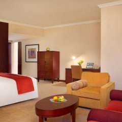 Отель Beach Rotana Residences комната для гостей фото 4