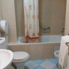 Отель Marco Polo Марокко, Танжер - отзывы, цены и фото номеров - забронировать отель Marco Polo онлайн ванная