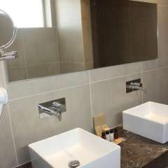 Amphora Hotel & Suites ванная фото 2