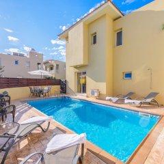 Отель Sirena Bay Villa 14 Кипр, Протарас - отзывы, цены и фото номеров - забронировать отель Sirena Bay Villa 14 онлайн бассейн