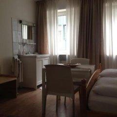 Отель Pension Lindner Германия, Мюнхен - отзывы, цены и фото номеров - забронировать отель Pension Lindner онлайн комната для гостей фото 4