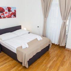 Апартаменты Welcome Apartment on Rybna комната для гостей фото 3