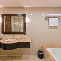Отель Muong Thanh Holiday Hue Hotel Вьетнам, Хюэ - отзывы, цены и фото номеров - забронировать отель Muong Thanh Holiday Hue Hotel онлайн ванная фото 2