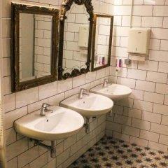 Pars Teatro Hostel (ex. Albareda Youth Hostel) Барселона ванная