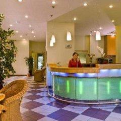 Отель Best Western Amedia Praha бассейн