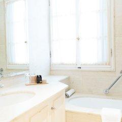 Отель Kefalari Suites Греция, Кифисия - отзывы, цены и фото номеров - забронировать отель Kefalari Suites онлайн ванная