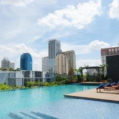 Отель Radisson Blu Plaza Bangkok Бангкок бассейн фото 2