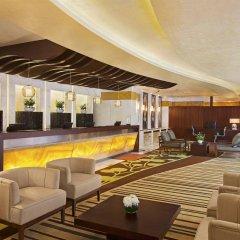 Отель DoubleTree by Hilton Hotel and Residences Dubai Al Barsha ОАЭ, Дубай - 1 отзыв об отеле, цены и фото номеров - забронировать отель DoubleTree by Hilton Hotel and Residences Dubai Al Barsha онлайн гостиничный бар