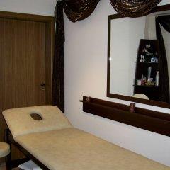 Отель Relax Holiday Complex & Spa сейф в номере