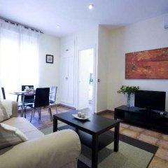 Отель Apartamentos Tirso De Molina комната для гостей фото 2