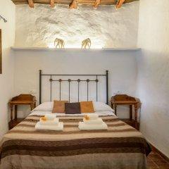 Отель Casa Payesa - Authentic Ibizan style Испания, Эс-Канар - отзывы, цены и фото номеров - забронировать отель Casa Payesa - Authentic Ibizan style онлайн комната для гостей