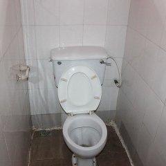 Отель Banilux Guest House Нигерия, Лагос - отзывы, цены и фото номеров - забронировать отель Banilux Guest House онлайн ванная